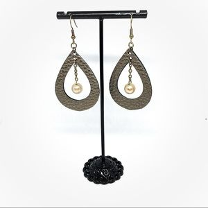 Jewelry - 🔥all jewelry 4 for $13🔥